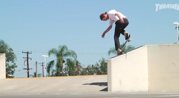 Footy crudo de Jake Hayes en el vídeo Deathwish