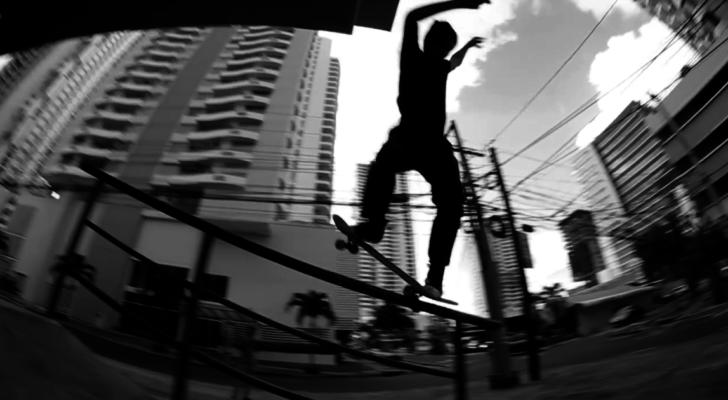 Parte completa de Josué Watts en el vídeo Gracias