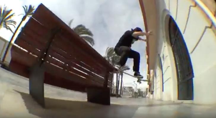 Clip con We Are Skaters a la caza de spots por Cartagena