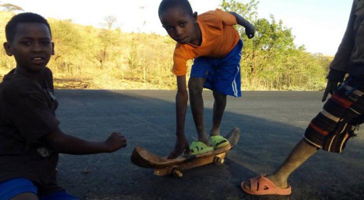 Asturianos promoviendo el skate en Etiopía