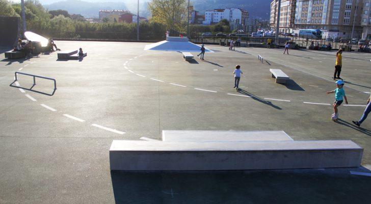Probando la ampliación de Boiro skatepark.