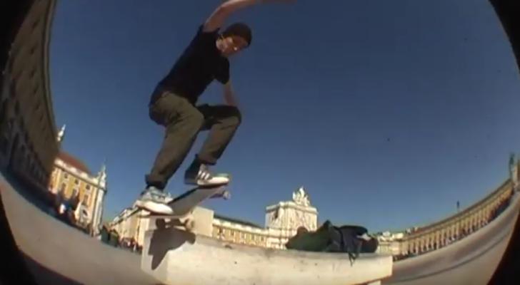 Amador, Castellanos y Oyarbide en un clip de Fire Island
