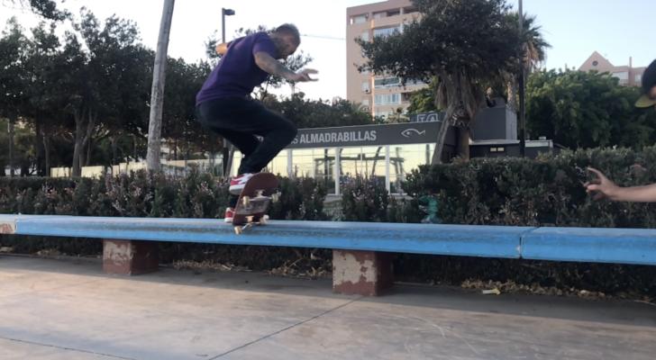 Seriusly Buddy. Un vídeo con calle y parque desde Almería