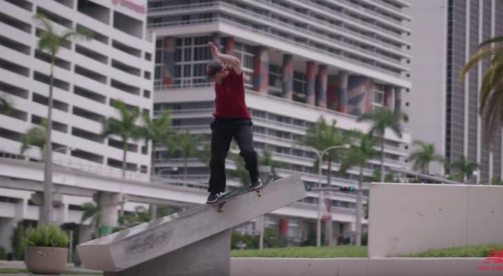 El clip que presenta las Jamie Foy NM306 Origins de New Balance