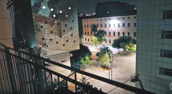Un repaso a la historia de Barcelona en un clip de Mark Frölich