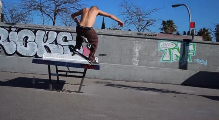"""""""Skatechilling"""", nuevo clip de Jorge Calderón"""